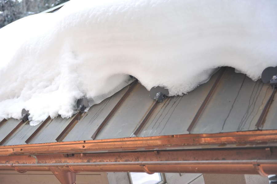 Prevent Ice Dams On Metal Roofs Using Hotedge Roof Ice