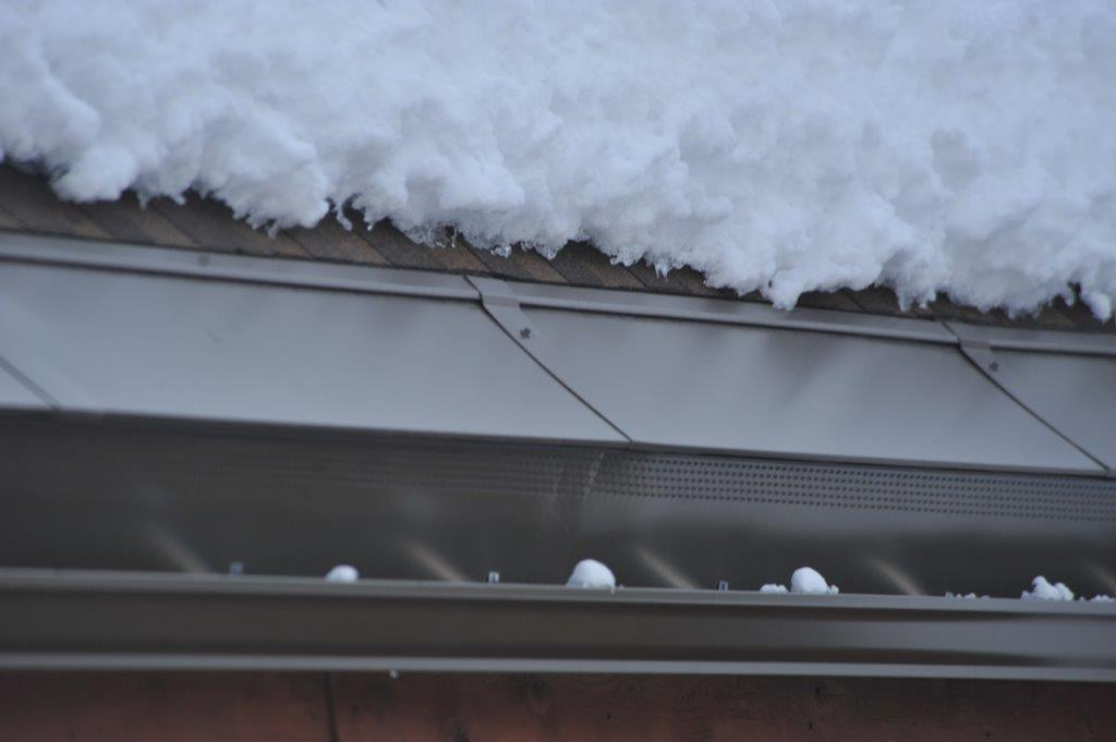 Energy Efficient And Easily Installed Roof Ice Melt Shingles